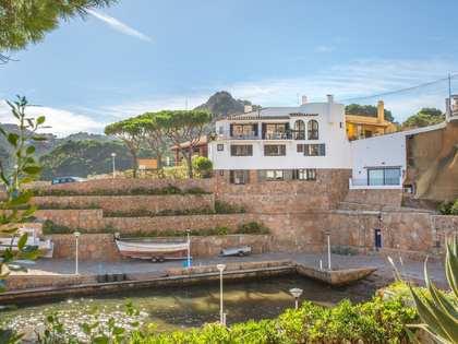 First-line Aiguablava, Begur, Costa Brava, house to rent