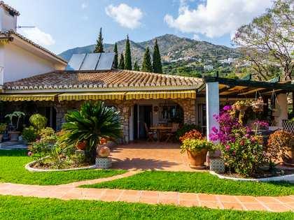 Casa / Vil·la de 1,148m² en venda a Mijas, Costa del Sol