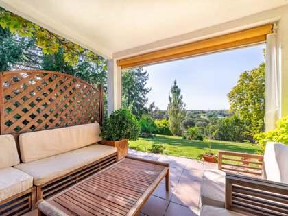 Дом / Вилла 460m² на продажу в Посуэло, Мадрид