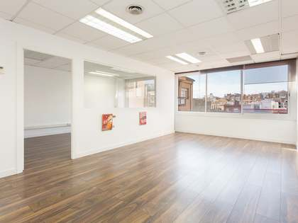 92m² office to renovate for sale in Galvany, Barcelona