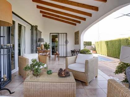 Villa de 172m² con 280m² de jardín en venta en Dénia