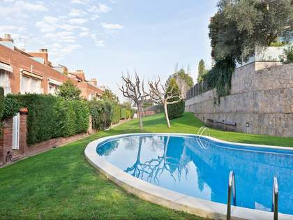 382m² House / Villa with 44m² garden for sale in Sant Cugat