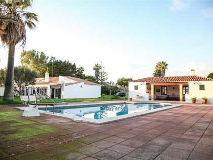 585m² Haus / Villa mit 94m² terrasse zum Verkauf in Ciudadela
