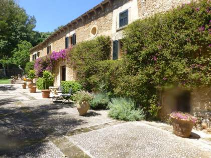 Country house for sale in Arta, North East Mallorca