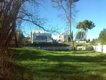Attractive plot for sale in Puerta Hierro, Madrid