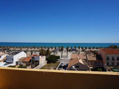 Penthouse with terrace for sale in Playa de la Malvarrosa