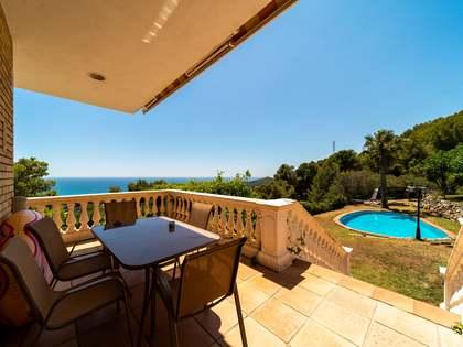 Maison / Villa de 694m² a vendre à Bellamar, Barcelona