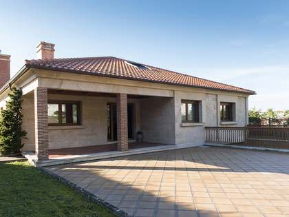 587 m² house for sale in Pontevedra, Galicia