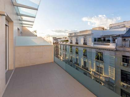 113m² penthouse with 10m² terrace for sale in Almagro