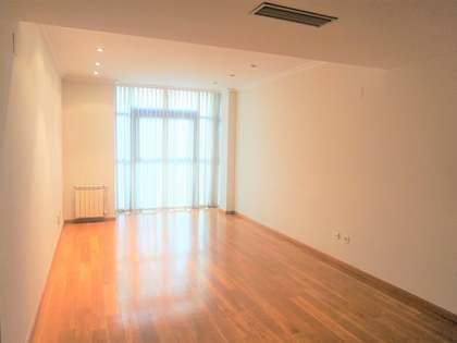 111m² Apartment for rent in El Pla del Remei, Valencia