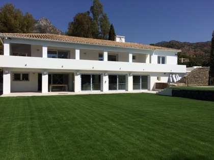 Casa / Villa di 500m² con giardino di 2,160m² in vendita a Golden Mile