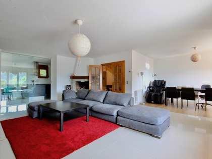 Casa de 390m² con 200m² de jardín en venta en Escaldes