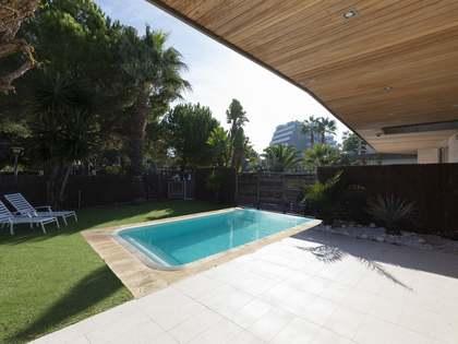 Casa de 200m² en alquiler en Terramar, Barcelona