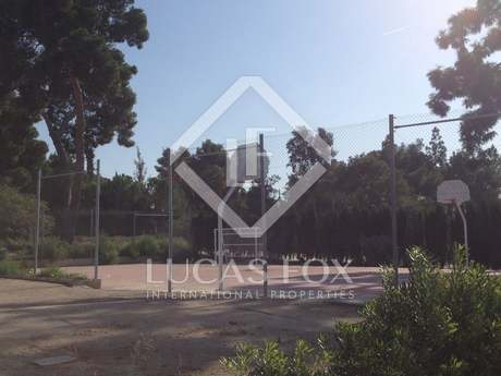 Buildable plot for a villa for sale in Rocafort