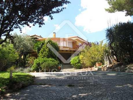410m² Hus/Villa till uthyrning i Godella / Rocafort