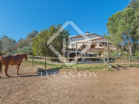 GIrona country house for sale with equestrian facilities
