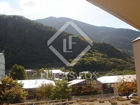 Excellent 3-bedroom apartment to buy in Andorra la Vella