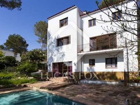 Casa / Vil·la de 326m² en venda a Olivella, Sitges