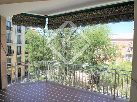 141m² apartment with 10m² terrace for sale in Malasaña