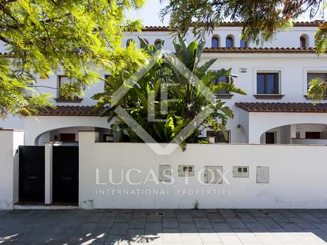 276m² house with 100m² garden for sale in Sant Pere Ribes