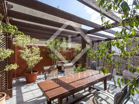 Duplex penthouse for sale in historic centre of Valencia
