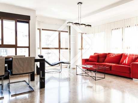 Sunny 3-bedroom property for sale in Ruzafa, Valencia