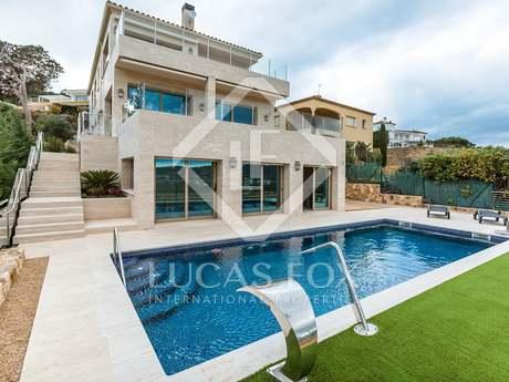 Luxury villa to buy in Sant Antoni de Calonge, Playa de Aro