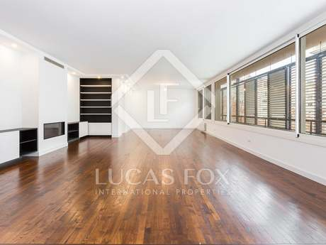 Impeccable renovated apartment for sale in Turó Parc