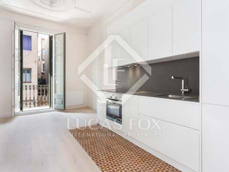2-bedroom apartment for sale in Vila de Gracia