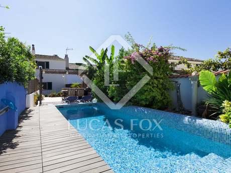 Casa preciosa en venta en Sant Pere de Ribes, cerca de Sitges