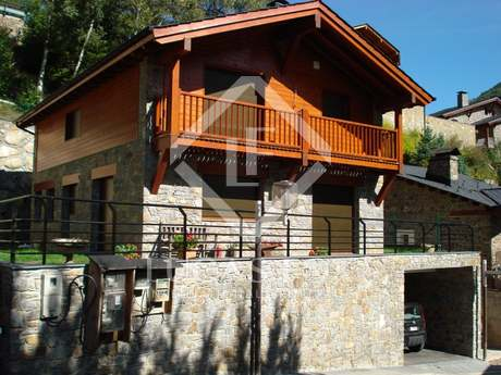 Ordino Valley. Andorra. Rustic style house for sale.