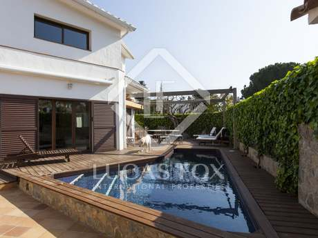 362m² Haus / Villa zum Verkauf in Sant Pere Ribes, Sitges