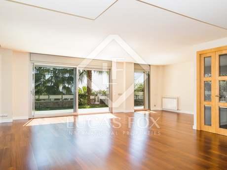 Exclusive triplex apartment in prime location uptown Bonanova, Barcelona's exclusive Zona Alta