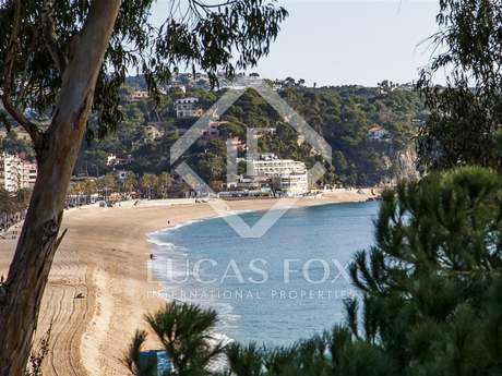 Firstline house to sell in Lloret de Mar, Costa Brava