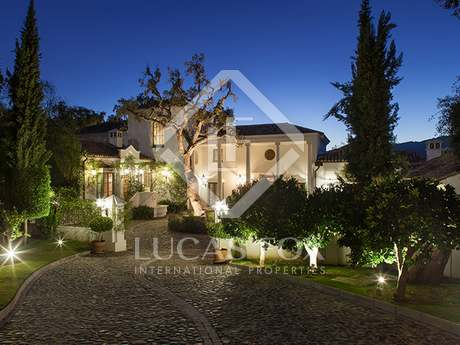 Villa with apartment for sale in La Zagaleta, Marbella