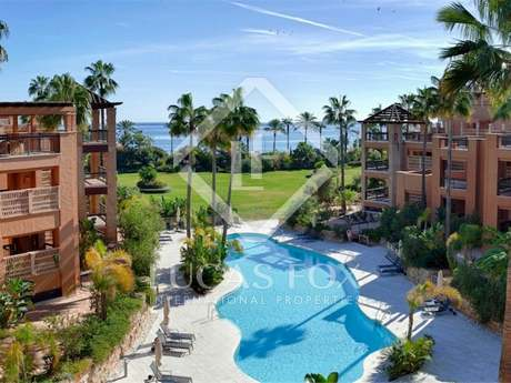 Beachfront penthouse for sale in San Pedro, Marbella