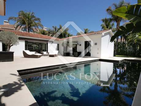 238m² villa with 150m² terrace for sale in East Marbella