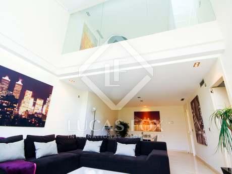 Appartement van 207m² te huur met 10m² terras in Recoletos