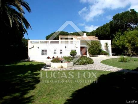 5-bedroom Algarve villa to purchase