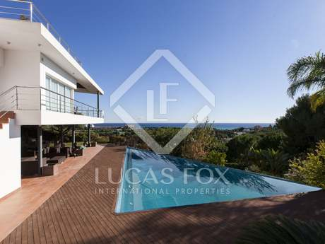 Modern detached house for sale in Can Girona, Sitges