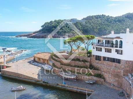 First-line Aiguablava, Begur, Costa Brava, house to buy