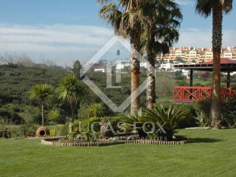 Golf villa with pool in Belas Clube de Campo, Estoril