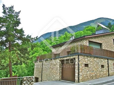 Fantastic chalet for sale next to Grandvalira, Andorra