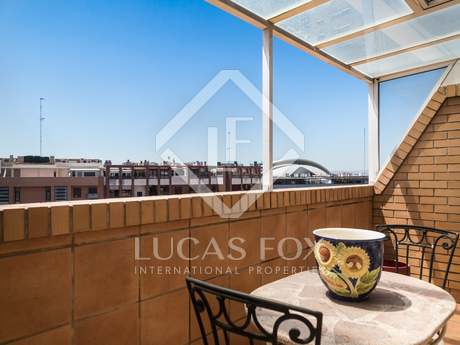 Magnificent duplex penthouse for rent in Valencia city