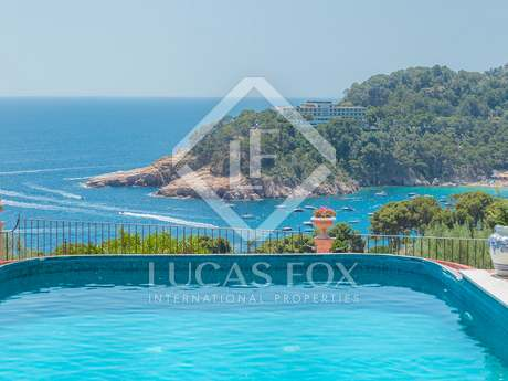Costa Brava villa for sale in Begur-Aiguablava