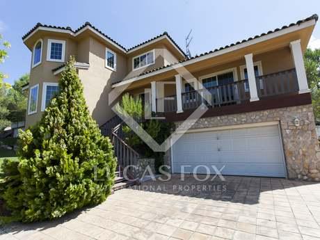 Maison / Villa de 330m² a vendre à Olivella, Sitges