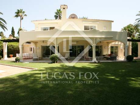 5-bedroom villa in Marbella's golf valley for sale