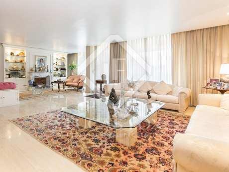 Excellent duplex penthouse for sale in Sarrià