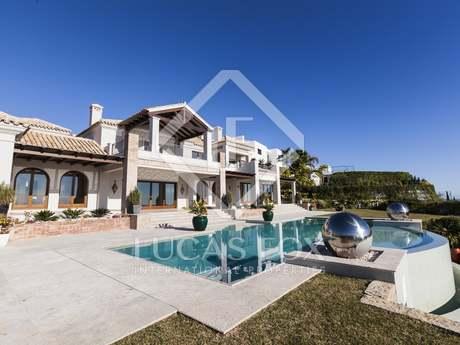 Brand new luxury villa for sale in Los Flamingos, Benahavis