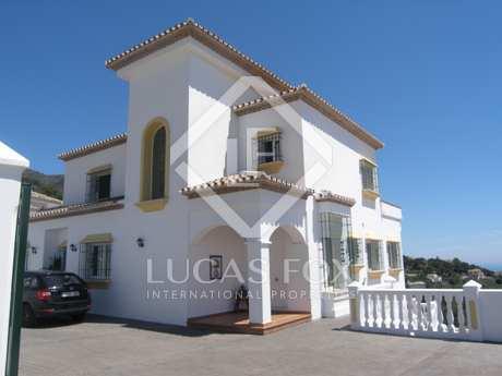 Villa de 6 dormitorios en venta en Mijas, Costa del Sol